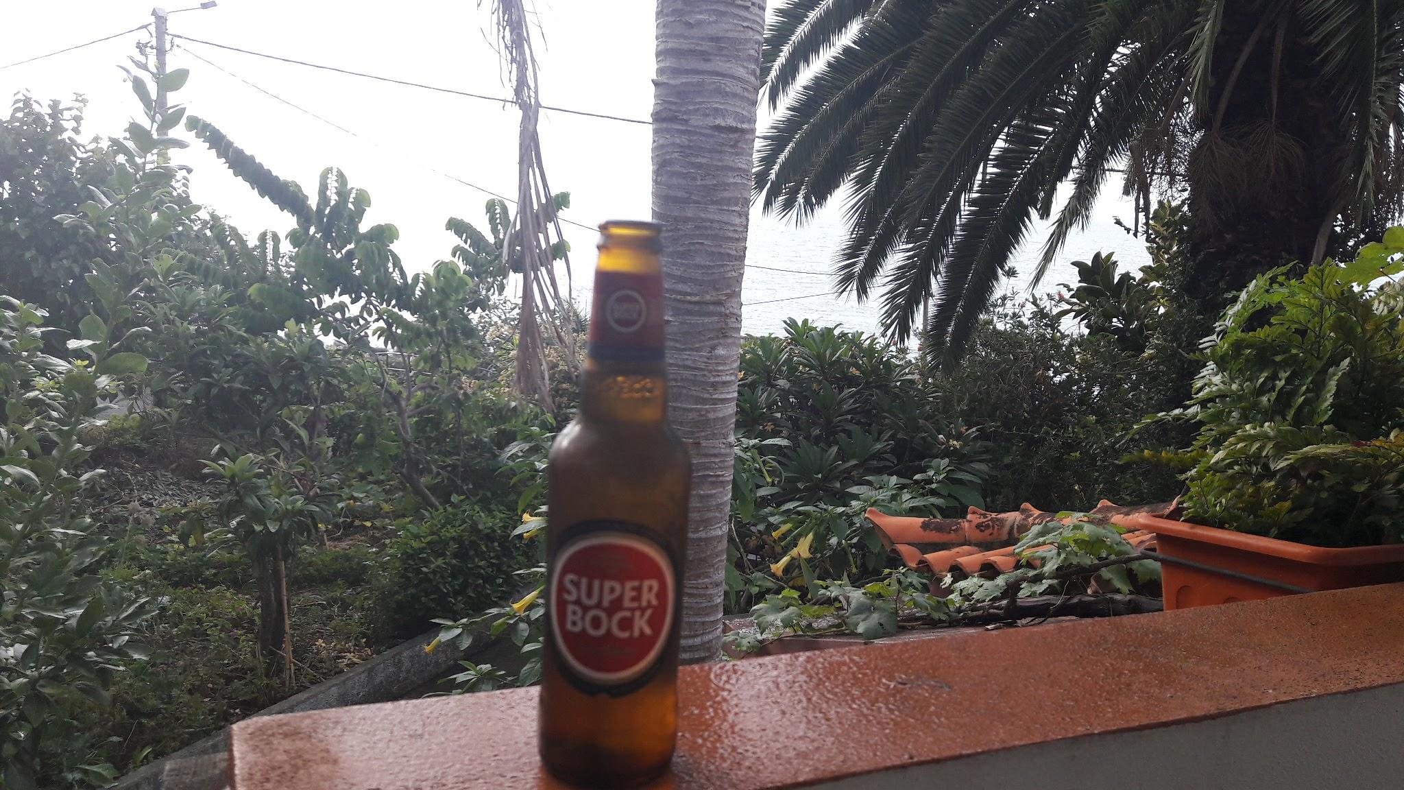 Raté...ici c'est la bière CORAL la locale !